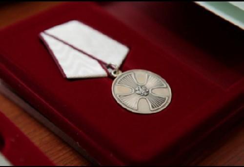 Путин наградил посмертно уроженку Красного Чикоя Веронику Арефьеву за спасение погибающих, сообщается в опубликованном указе президента от 1 февраля.