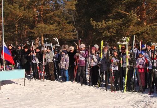 Лыжники Красночикойского района приняли участие во всероссийском забеге «Лыжня России 2013». Уже на протяжении нескольких чикояне собираются на это массовое мероприятие на базе лагеря «Лесная сказка»